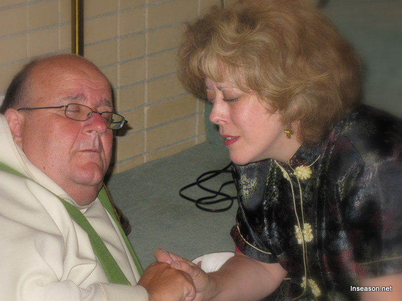 Fr. Tom and Shelli Baker in prayer at the Espousal Center in Waltham, MA